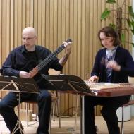 Das Programm eröffneten Liudmila Beladzed (Cymbal) und Reiner Falk (Gitarre) - ein wahrer Ohrenschmaus für alle Besucher.