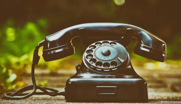 phone-4138347_1920 pixabay